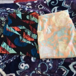 2 lularoe leggings